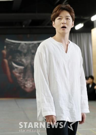 [★포토]이창섭, '평소에 보기 힘든 진지함'
