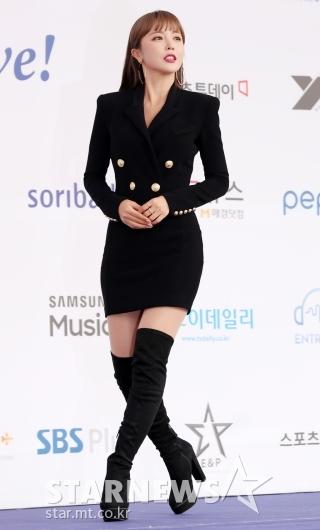 [★포토]홍진영, '라인 돋보이는 워킹'