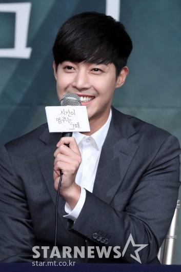 [★포토]소감 말하는 김현중