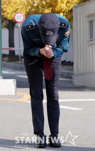 [★포토]김준수, '축하해주셔서 감사합니다'