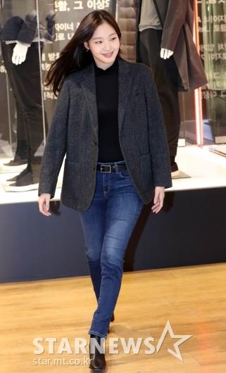 [★포토]김고은, 청바지가 잘 어울리는 여자