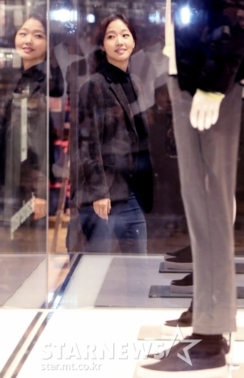[★포토]김고은, '쇼핑 좀 해볼까?'
