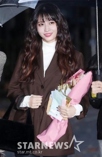 [★포토]모모, '팬에게 받은 꽃과 편지'