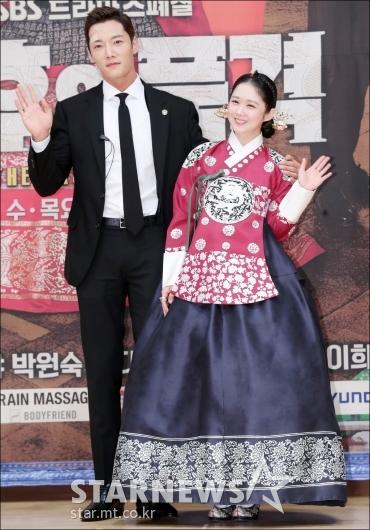 [★포토]최진혁-장나라, '잘 어울리는 한 쌍'