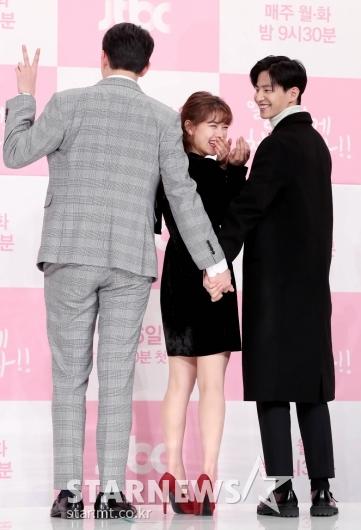 [★포토]김유정, 준비한 포즈 어때요?