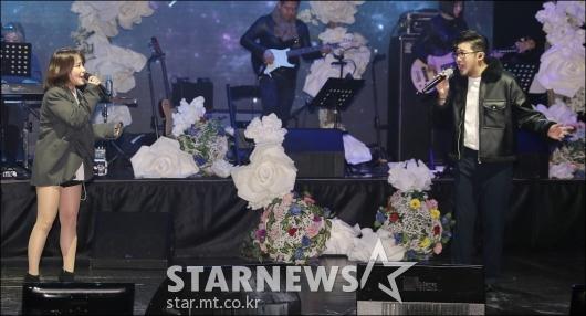 [★포토]조현아-박용인, '완벽한 화음'