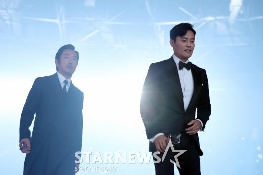 [★포토]하정우-이병헌, 후광 빛나는 두 남자
