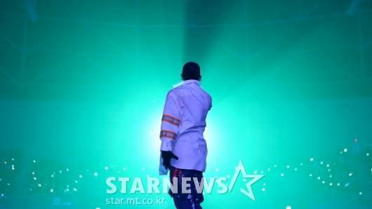 [★포토]지코, 무대 장악하는 카리스마
