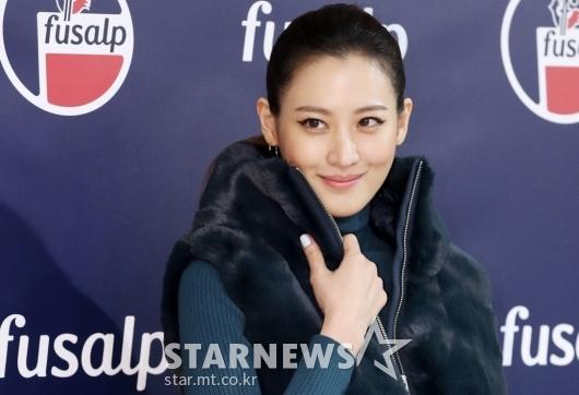 [★포토]수현, '매력적인 미소 살짝'