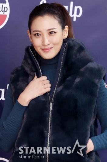 [★포토]수현, '시원시원한 이목구비에 눈길'