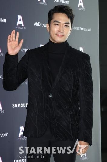 [★포토]송승헌, 훈훈한 손짓