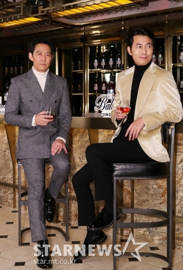 [★포토]이정재-정우성, '영화 촬영장인 줄'