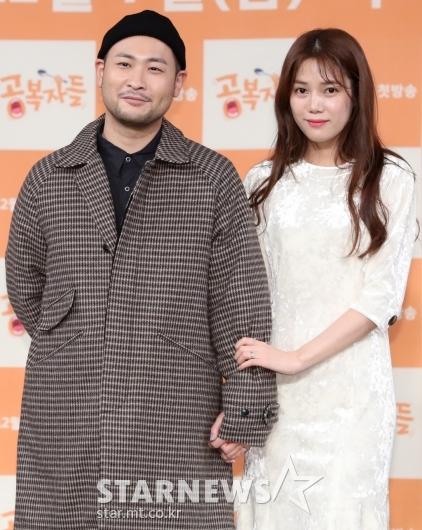 [★포토]미쓰라-권다현, '부부동반 첫 예능입니다'