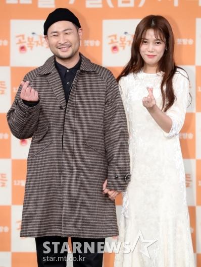 [★포토]미쓰라-권다현, '알콩당콜 신혼이에요'