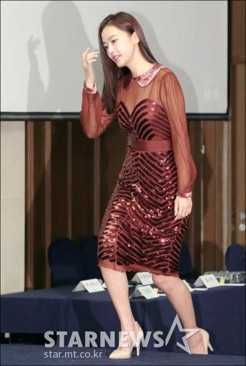 [★포토]홍수현, '블링블링한 패션으로'