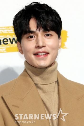 [★포토]이동욱 '설레는 눈맞춤'