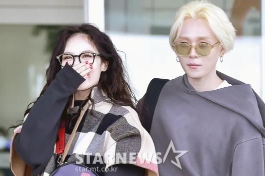 [★포토]현아-이던 '달달한 커플'