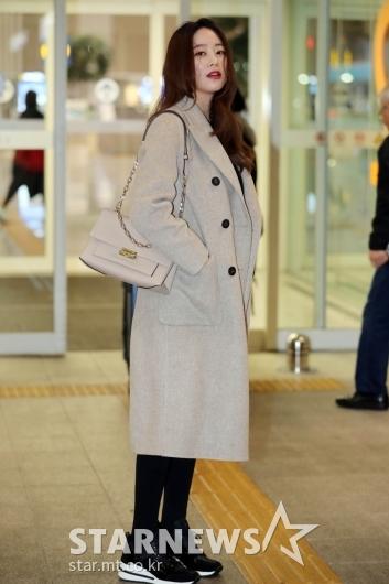 [★포토]김효진 '공항에서도 화보 느낌 그대로'