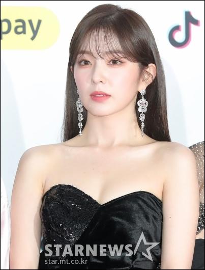[★포토]아이린, '보기 힘든 과감한 패션'