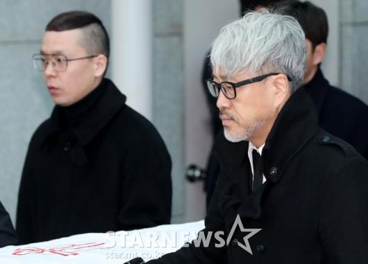 [★포토]김종진-나얼, 故 전태관 가는 길 함께