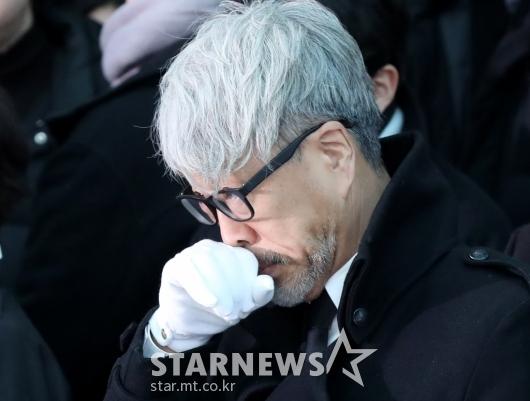 [★포토]슬픔에 잠긴 김종진