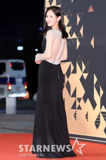 [★포토]이영아, 섹시한 뒤태