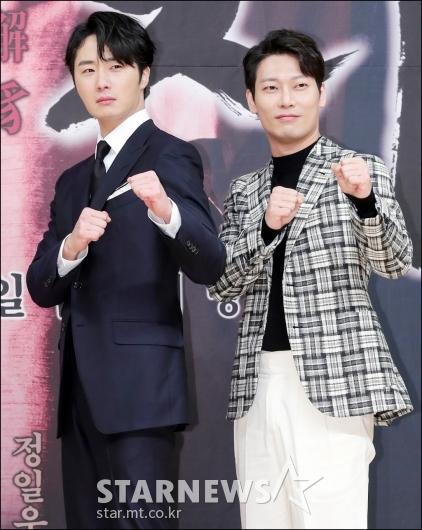 [★포토]정일우-박훈, '싸우자!'