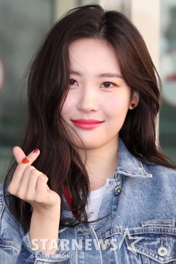[★포토]선미, 손가락 하트 위 하트