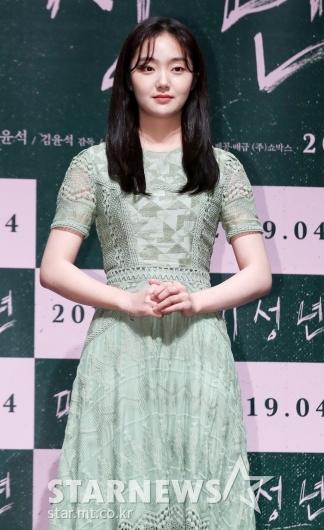 [★포토]김혜준, '봄을 알리는 그린 빛'
