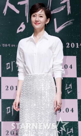 [★포토]염정아, '캐슬퀸의 스크린 복귀'