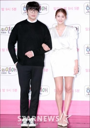 [★포토]성시경-유인영, '우월한 기럭지 커플'
