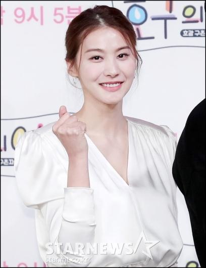[★포토]유인영, '파이팅도 예쁘게'