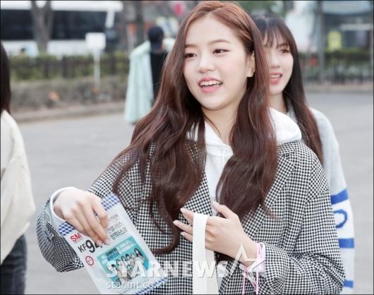 [★포토]레나, '아침부터 예쁨 한 가득'