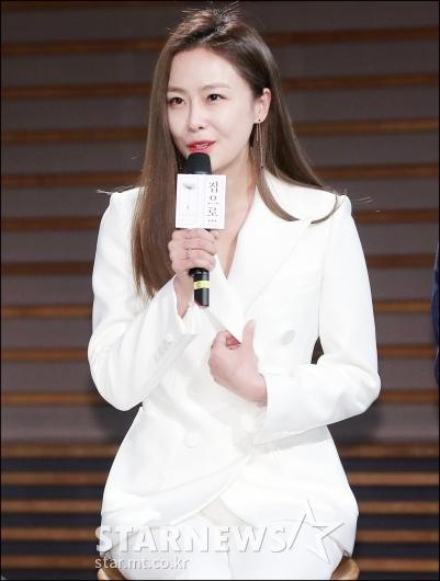 [★포토]홍수현, '가슴 뭉클한 촬영이었어요'