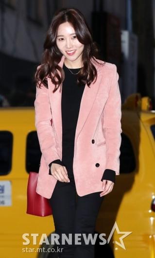 [★포토]이지민, '러블리한 핑크빛'