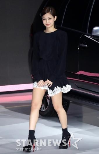 [★포토]제니, '서울모터쇼 왔어요'