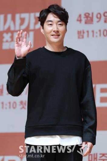 [★포토]김중돈, 사내정치에 특화된 무능력한 상사