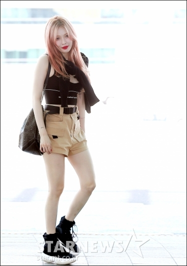 [★포토]현아, '패션은 벌써 여름'