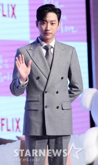 [★포토]진영, '배우 포스 물씬'