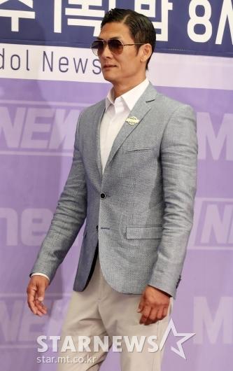 [★포토]박준형, '오늘은 점잖은 패션'