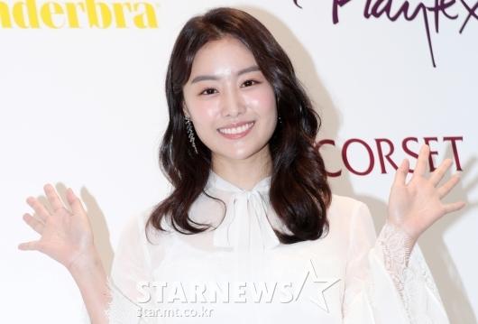 [★포토]송지은, '보기만해도 힐링되는 미소'