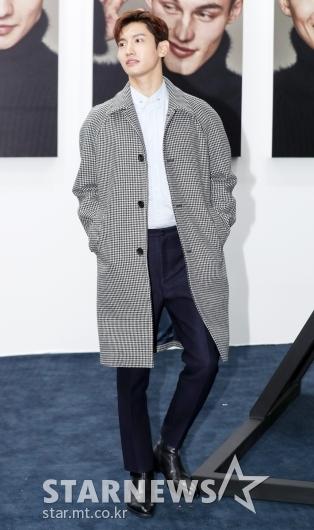 [★포토]최강창민, '완벽한 코트 소화력'