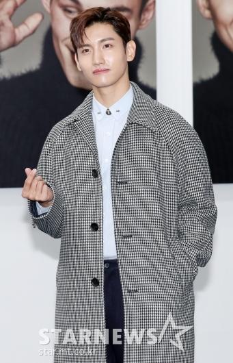 [★포토]최강창민, '미니하트로 심장 저격'