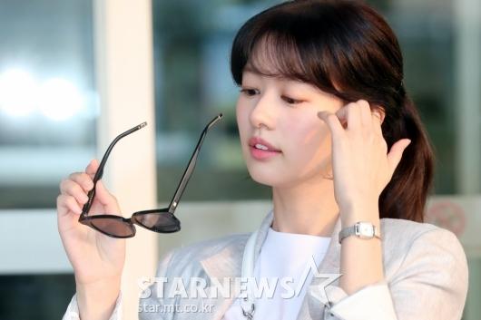 [★포토]정소민 '선글라스 벗으니 청순미모'