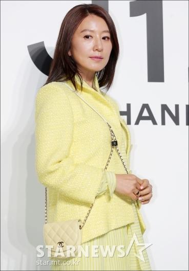 [★포토]김희애, '변하지 않는 아름다움'