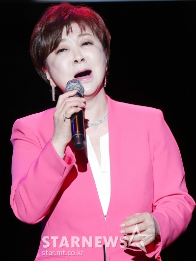 [★포토]계은숙, '37년 만에 고국 무대에'