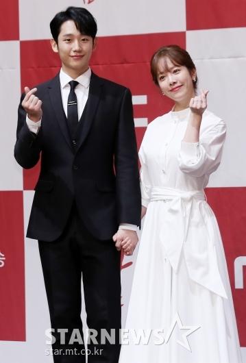 [★포토]정해인-한지민, '역대급 달달한 케미'