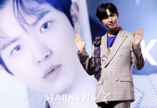 [★포토]김재환, '화보보다 더 훈훈한 비주얼'