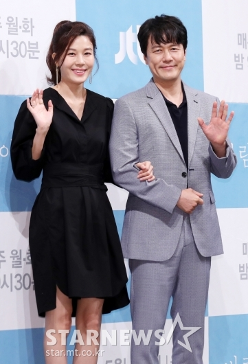 [★포토]김하늘-감우성, '멜로 장인들의 남다른 호흡'