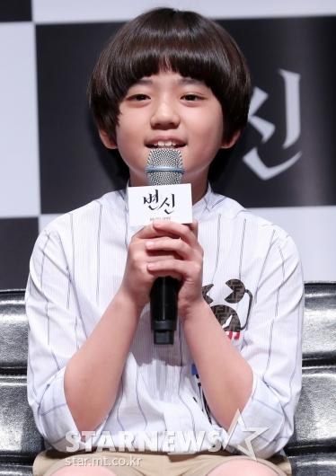 [★포토]김강훈 '귀여운 막내아들'